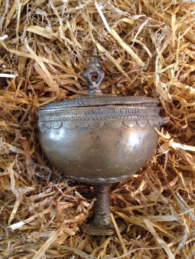 An ancient urn… but what has it been used to brew? An elixir of life, or some kind of deadly poison? Who used it, and did they survive?